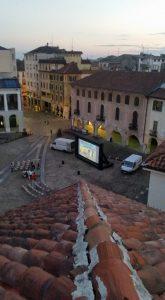 schermo gonfiabile in piazza